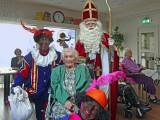 Sinterklaas ontmoet oudste inwoner gemeente Deventer